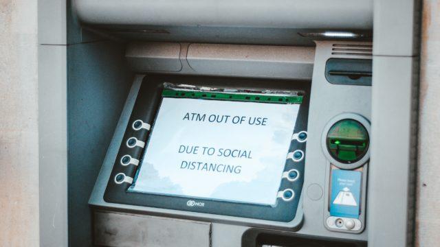 カナダの銀行で口座開設